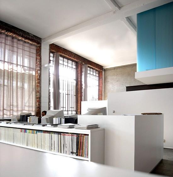 Docks doraristrutturazione di un edificio industrialead for Studio architettura interni torino